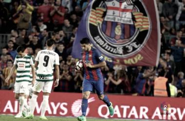 El FC Barcelona remonta con sabor agridulce