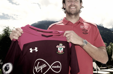 Stuart Taylor renueva una temporada más con el Southampton