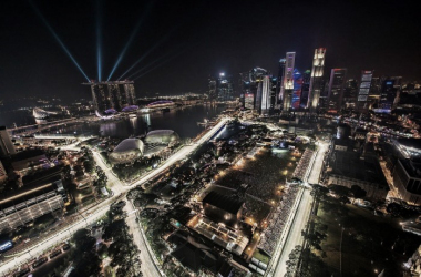 The back-drop of the Singapore Grand Prix is second to none on the calendar, in Formula 1's original night-race. (Image Credit: Wikipedia)