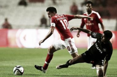 O Benfica joga amanhã em Coimbra (foto: Lusa)