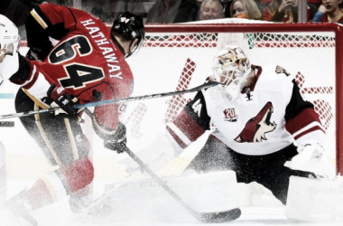 Mike Smith in his return from injury was outstanding against the Flames. Source: nhl.com/coyotes