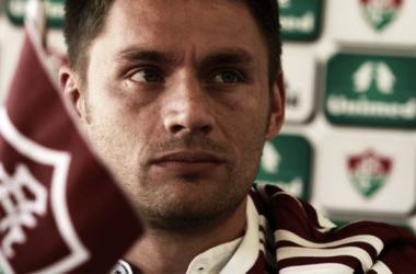Após uma série de negociações, Corinthians desiste e Rafael Sobis continua no Fluminense