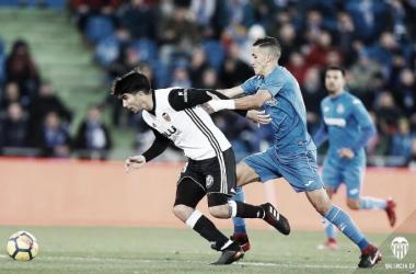 Carlos Soler en uno de los lances del juego contra el Getafe. Fuentes: Valencia CF.