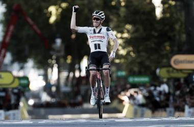 Søren Kragh Andersen rompe el sprint y se hace con la victoria