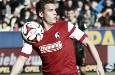 Freiburg full-back Oliver Sorg joins Hannover