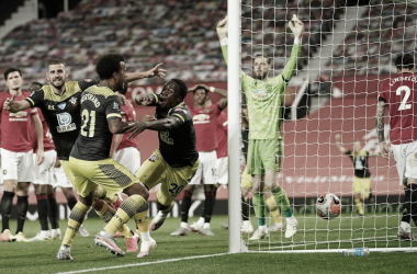 Southampton empata en la agonía en Old Trafford