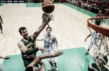Contra a França, Brasil estreia na Copa do Mundo da FIBA em jogo-chave do grupo A