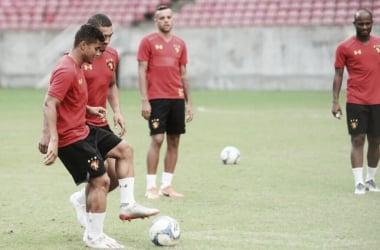 Leão e Tricolor fazem duelo direto pelo G-4 da Série B (Foto: Anderson Stevens / Sport Recife)