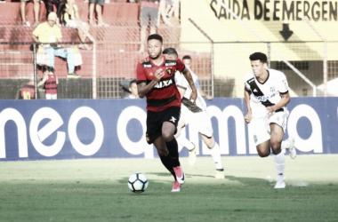 Sport sofre com falta de criatividade diante da Ponte Preta e empata sem gols