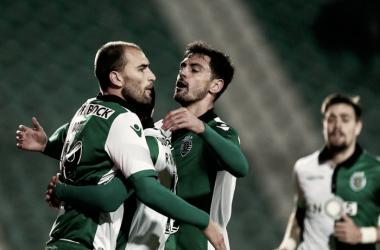 Los jugadores del Sporting celebran la victoria durante el último encuentro | Foto: Sporting CP