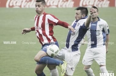 Fotos e imágenes del Sporting B 6-0 Atlético Lugones, Tercera División Grupo II