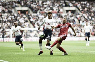 Lucas faz golaço, Kane quebra tabu de agosto e Tottenham vence Fulham em Wembley