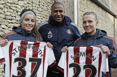 Manager Carlton Fairweather with his new signings. | Image credit: Sunderland Ladies