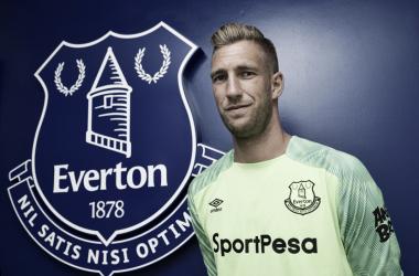 Stekelenburgrenueva hasta el 2020 con el Everton | Fuente: Página web del Everton