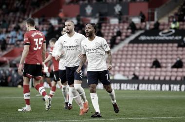 El Manchester City tacha a la revelación y sigue vivo