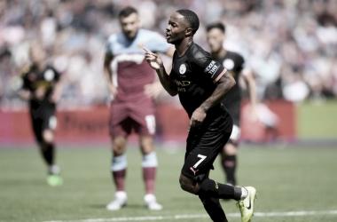 Mahrez y Sterling brillan en la goleada del City