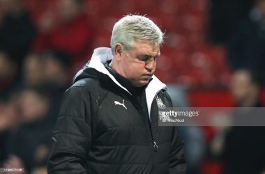 <div>MANCHESTER, ENGLAND - DECEMBER 26: Steve Bruce, Manager of Newcastle United reacts as he walks off the pitch at full-time after the Premier League match between Manchester United and Newcastle United at Old Trafford on December 26, 2019 in Manchester, United Kingdom. (Photo by Ian MacNicol/Getty Images)</div>