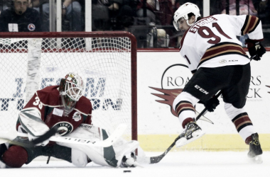 Arizona Coyotes' Dylan Strome is thriving in the AHL's Tucson Roadrunners, but is he ready to make the permanent jump to the NHL? (Photo: Kelly Presnell/Arizona Daily Star)