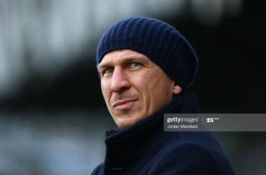 Barnsley 1-0 Nottingham Forest: Schmidt keeps Barnsley's hopes alive