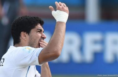 Suárez foi suspenso por quatro meses pela FIFA (Foto: Javier Soriano/AFP)