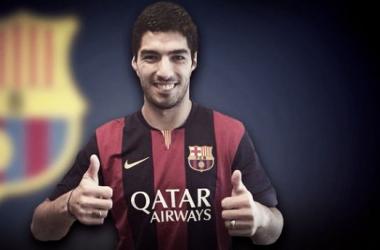 Barcelona anuncia contratação de Luis Suárez