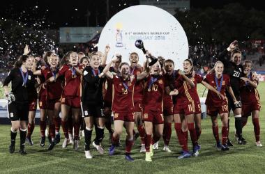 La Sub-17 celebrando la consecución del título | Foto: Selección Española Femenina de Fútbol