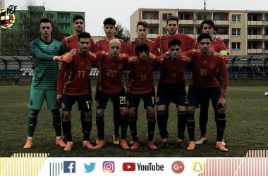 Equipo que formó ante Serbia | Foto: Selección Española