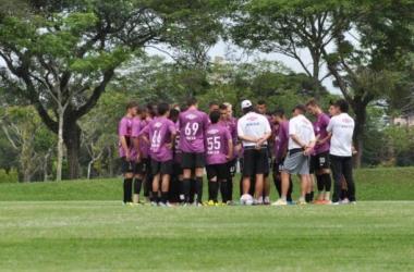 Após vitória na Libertadores, Atlético-PR mira sequência no estadual