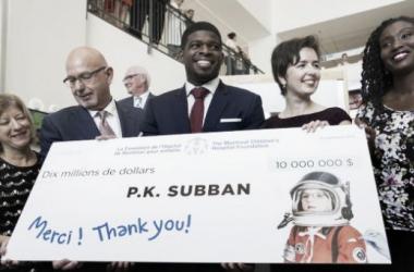 PK Subban donando el cheque   news.nationalpost.com