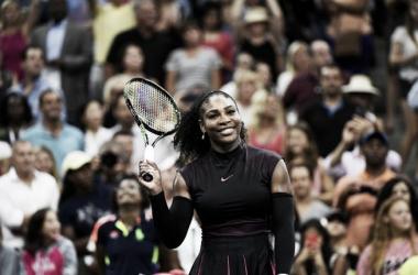 Serena Williams ataca desde o começo, vence King e avança no US Open 2016