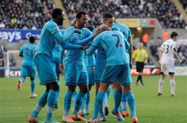 Fora de casa, Tottenham vence Swansea e mantém tabu