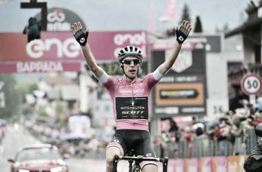 Simon Yates vince a Sappada.Foto Credit: LaPresse- D'Alberto / Ferrari / Paolone / Alpozzi
