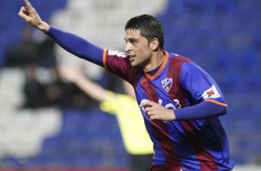 La SD Huesca despide al delantero Tariq Spezie