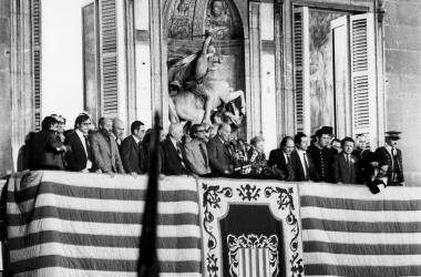 Imagen del President Tarradellas tras su regreso a Cataluña. | Foto: RTVE