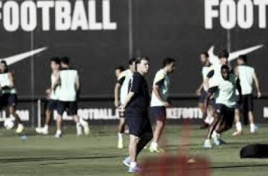 El Tata en un entrenamiento frente al Barcelona   lainformación.com