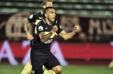 El 10 festeja su primer gol del encuentro. Fuente: Olé