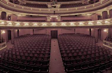 El Teatro Principal de la ciudad es el encargado de albergar la ceremonia. Fuente: hoteldato.com