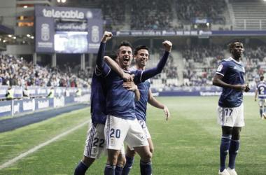 Los jugadores celebran el gol de Tejera al Alcorcón | Imagen: Real Oviedo