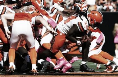 Isaiah Crowell en el partido contra los Cincinnati Bengals(Via:clevelandbrowns.com)