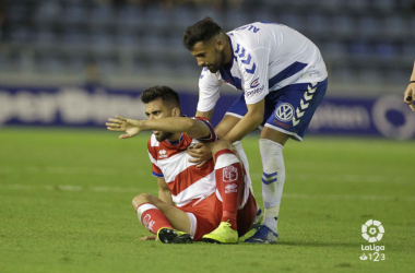 Fede Vico y Alberto Jiménez en un lance del juego / FOTO: LaLiga