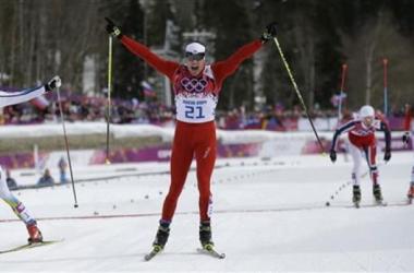 Suíço supera campeão olímpico e leva o ouro no Esqui Cross Country