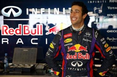 Oficial: Daniel Ricciardo, piloto de Red Bull Racing para 2014