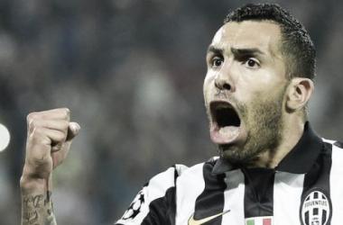 Comandada por Tévez, Juventus leva vantagem preciosa para a segunda mão