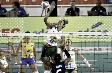 Thaisa em ação pela Copa Pan-Americana (Foto: Divulgação/Norceca)