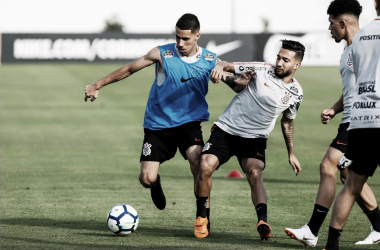 Expulso na Libertadores, Gabriel se mostra arrependido por desfalcar Corinthians no jogo de volta