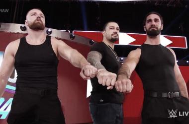 Esta imagen podría resumir la noche; The Shield unido pero en la mirada de Ambrose había algo diferente .|Foto: ottrwrestling.com