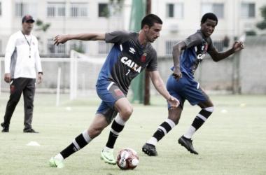 """Apresentado no Vasco, Thiago Galhardo fala sobre sua estreia: """"Está nas mãos do professor"""""""