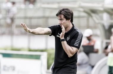 Thiago Larghi lamenta empate com Tupi, mas pondera atuação 'razoável' do Atlético