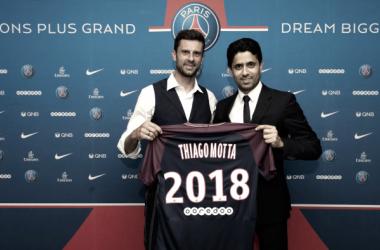 Thiago Motta põe fim a mistério e estende contrato com PSG