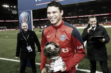 Thiago Silva recebe prêmio Samba D'Or